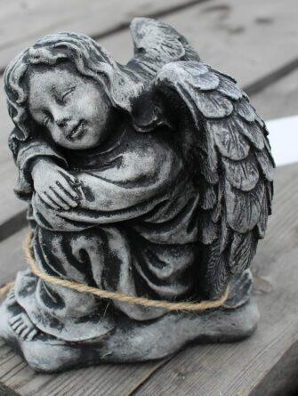 enkelinojaapolviin