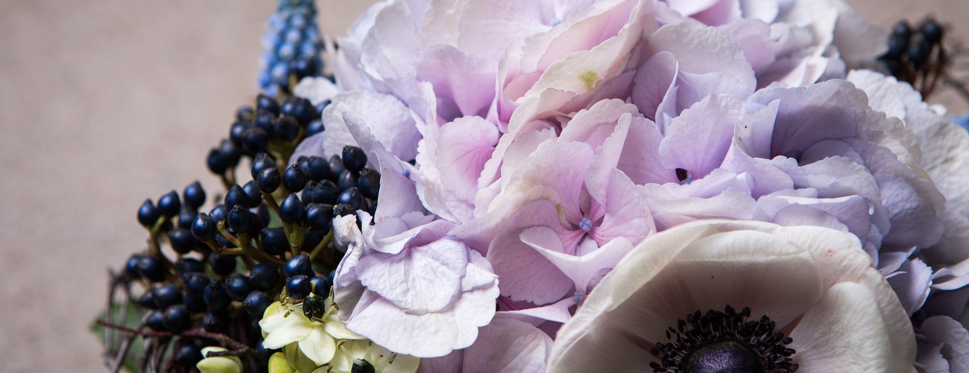 Hae kukat meiltä arkeen ja juhlaan